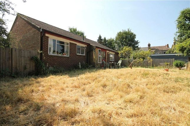 Thumbnail Bungalow for sale in Norbury Crescent, London