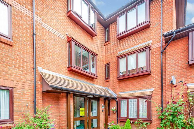 Thumbnail Property for sale in Meadowcroft, High Street, Bushey
