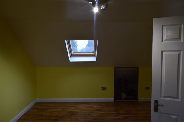 Thumbnail Semi-detached house for sale in Gledwood Drive, Hayes