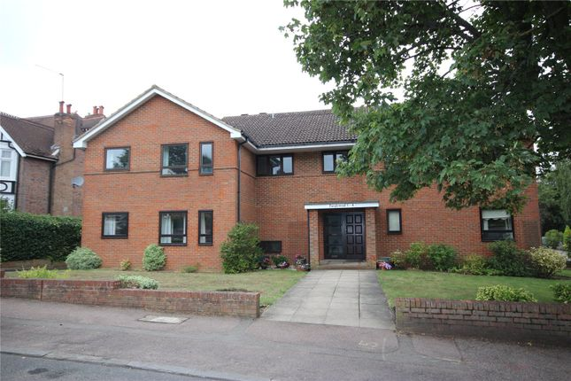 Picture No. 01 of Tanglewood, Townsend Lane, Harpenden, Hertfordshire AL5