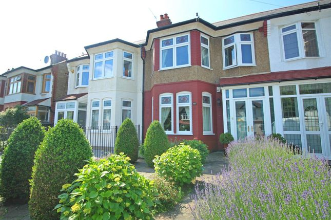 Thumbnail Terraced house for sale in Firs Lane, London