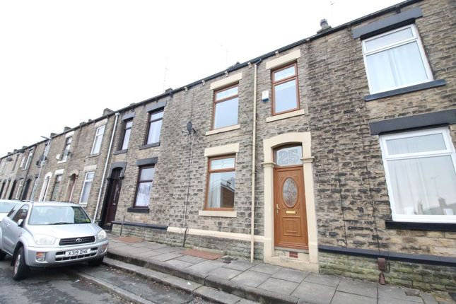3 bed property to rent in Arthur Street, Shaw, Oldham