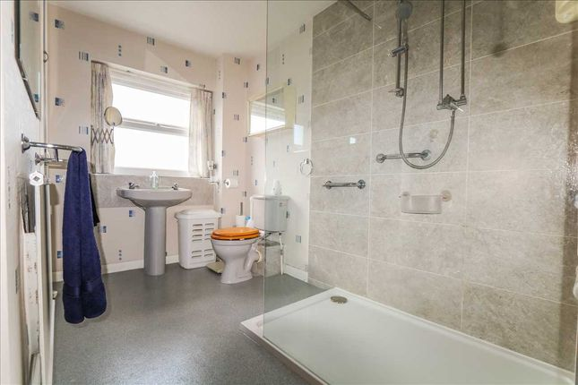 Family Bathroom of Church Street, Scothern, Scothern, Lincoln LN2