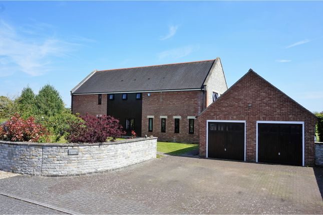 4 bed detached house for sale in Farthings Paddock, Alford