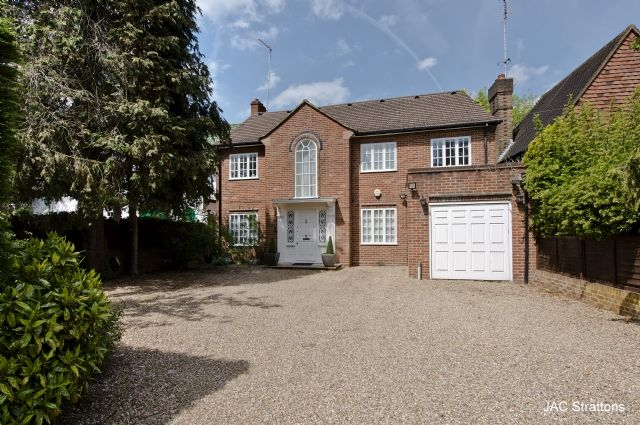 Thumbnail Detached house to rent in Oakleigh Park South, London
