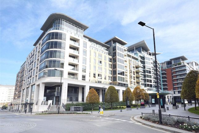 Thumbnail Flat for sale in Octavia House, 213 Townmead Road, London