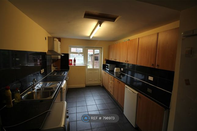 Thumbnail Semi-detached house to rent in Mauldeth Road West, Manchester