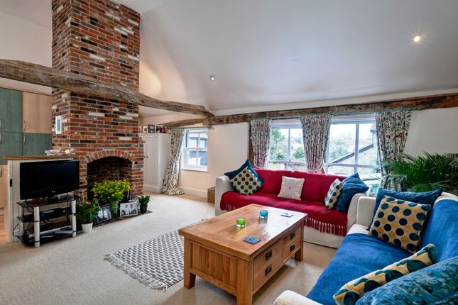1 bed flat to rent in Long Melford, Sudbury, Suffolk