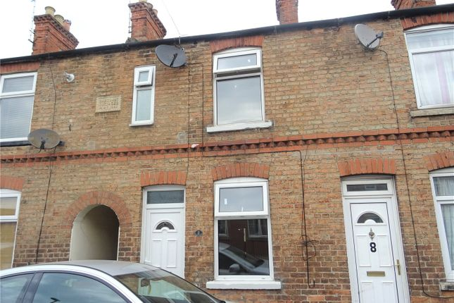 Thumbnail Terraced house to rent in Cromwell Road, Newark