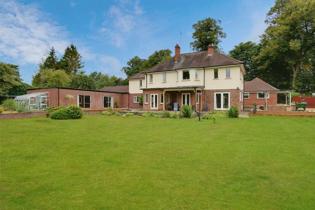 Thumbnail Property for sale in North Drive, Swanland, North Ferriby