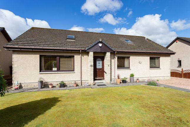 5 bed property for sale in Main Road, Luncarty, Perth PH1
