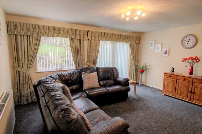 Lounge of Wyndmill Crescent, West Bromwich B71