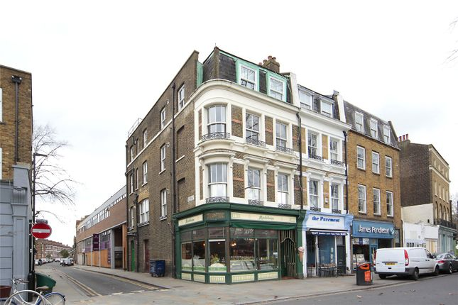 Thumbnail Flat to rent in The Pavement, Clapham, London