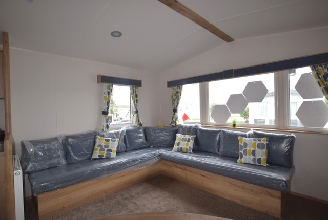 2 bed property for sale in Eastbourne Road, Pevensey Bay, Pevensey BN24