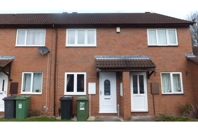 Thumbnail Terraced house to rent in Foxcote Close, Redditch