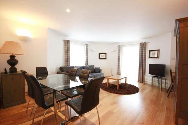 2 bed flat to rent in Bishops Court, Bishops Bridge Road