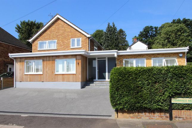 Thumbnail Detached house for sale in Cemmaes Meadow, Boxmoor, Hertfordshire