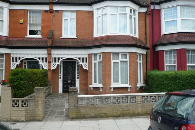 Thumbnail Property to rent in Belsize Avenue, London
