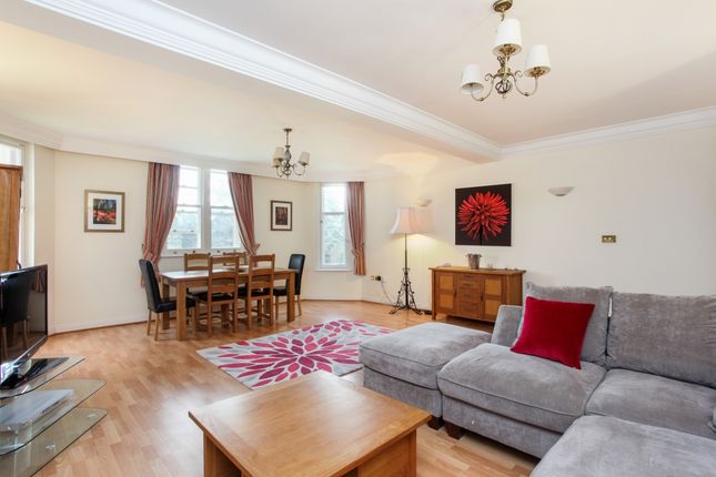 Thumbnail Flat to rent in Longbourn, Windsor