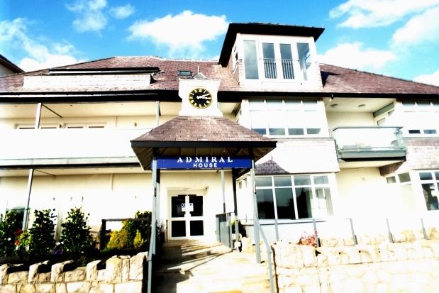 Thumbnail Flat to rent in West Parade, Llandudno