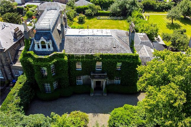 Thumbnail Hotel/guest house for sale in Park Lodge Hotel, 32 Park Terrace, Stirling