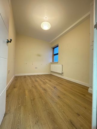 Thumbnail Office to let in Grosvenor Way, London