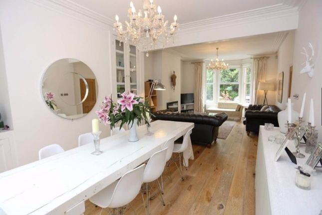 Thumbnail Terraced house for sale in Elephant And Castle, London