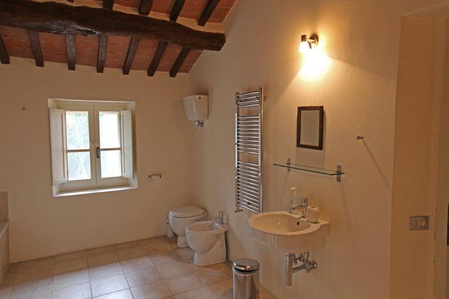 Borgo Ospicchio, Racchiusole, Perugia, Bathroom