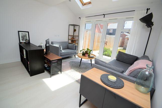 Lounge of Greenwich Drive, High Wycombe, Buckinghamshire HP11