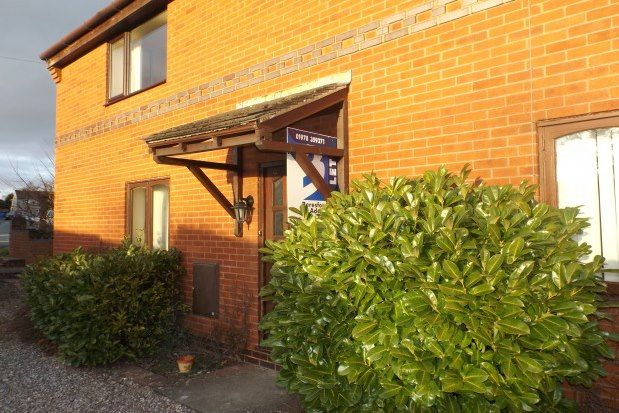 1 bed flat to rent in Haulfryn, Ruthin LL15