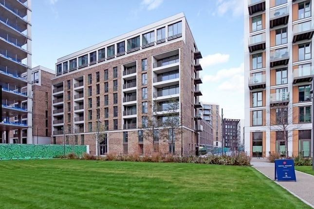 Thumbnail Flat to rent in Commodore House, Royal Wharf, N Woolwich Road
