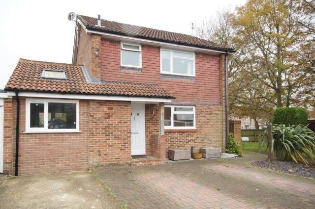 Thumbnail Link-detached house for sale in Alma Road, Bordon