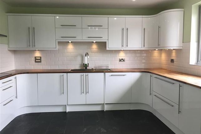 4 bed maisonette to rent in Manchester Road, Isle Of Dogs, Docklands