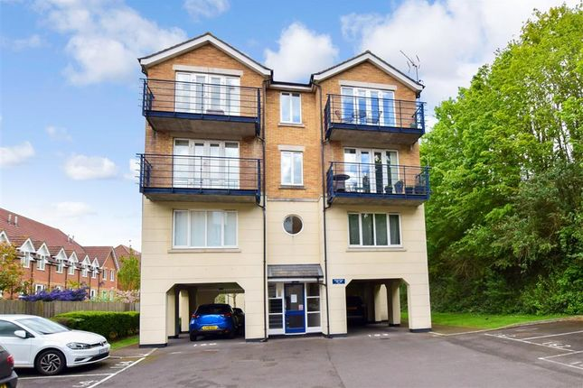 Thumbnail Flat for sale in Keating Close, The Esplanade, Rochester, Kent