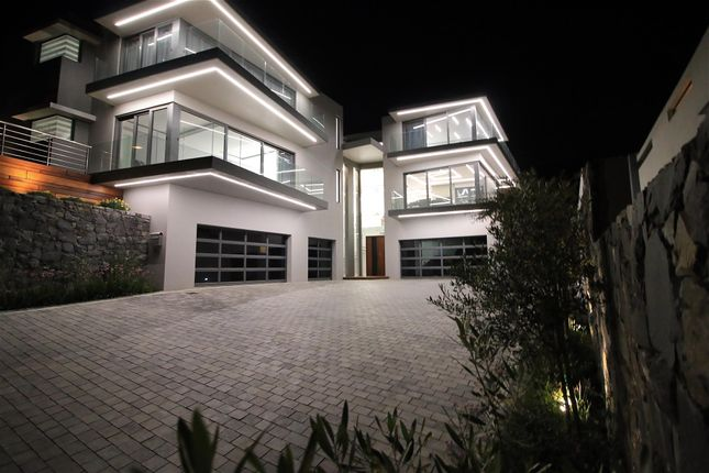 Photo of 33 Duke Crescent, Baronetcy Estate, Northern Suburbs, Western Cape, South Africa