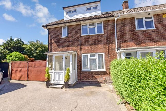 4 bed end terrace house for sale in Mountfield Close, Corringham, Stanford-Le-Hope SS17