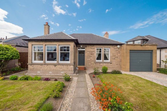 Detached house in  Duddingston Square East  Duddingston E Edinburgh