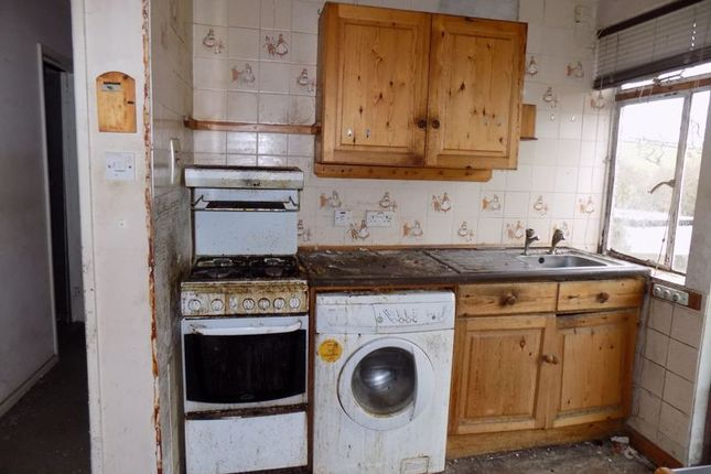 Kitchen of Sawles Road, St. Austell PL25