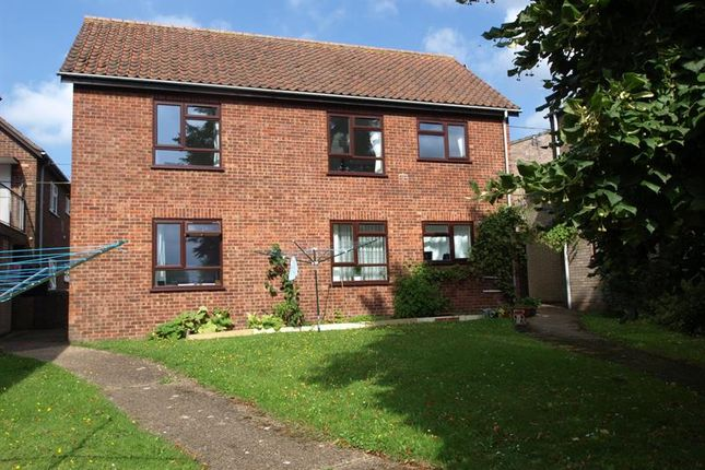 Thumbnail Flat to rent in Albert Place, Norwich