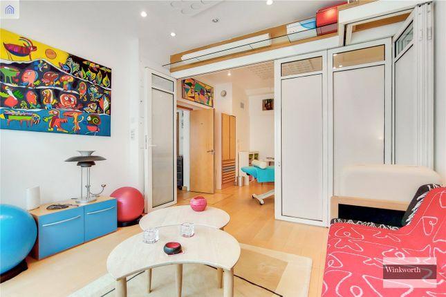 Bedroom/Office of Brownlow Mews, London WC1N