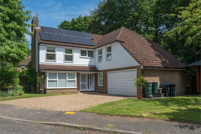 Thumbnail Detached house to rent in Heatherside Gardens, Farnham Common, Buckinghamshire