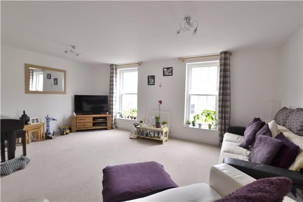 Thumbnail Town house for sale in Hazel Way, Brockworth, Gloucester