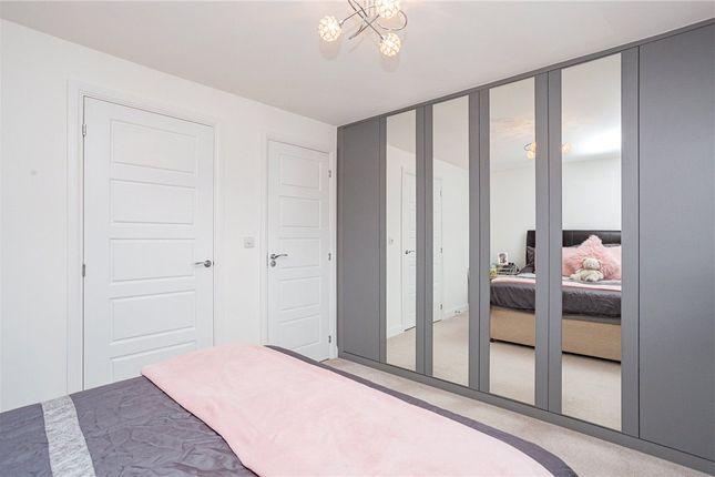 Bed 2 Alt of Arlott Green, Crowthorne, Berkshire RG45