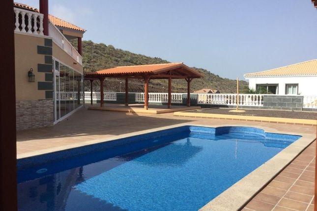 4 bed chalet for sale in Adeje, Santa Cruz De Tenerife, Spain