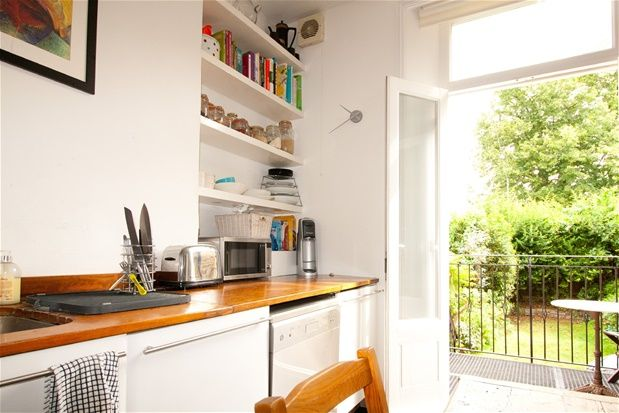 Thumbnail Flat for sale in Brailsford Road, London