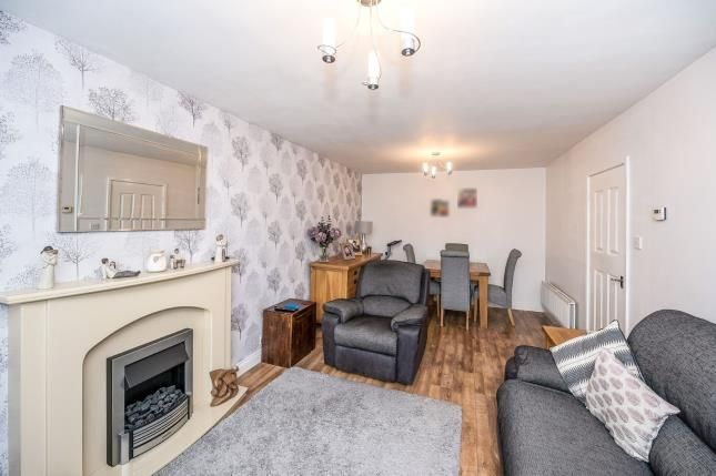 Lounge 4 of Warrenhouse Road, Brighton-Le-Sands, Liverpool L22