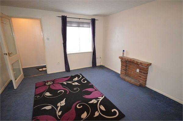 1 bed flat to rent in Horse Bridge Close, Dagenham, Essex