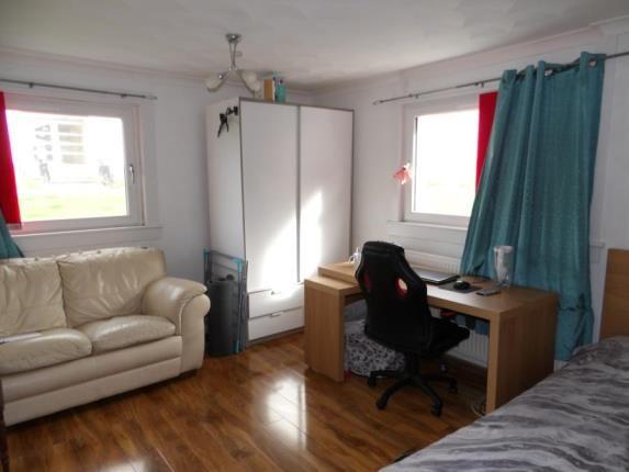 Lounge of Western Avenue, Rutherglen, Glasgow, South Lanarkshire G73