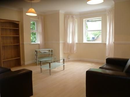Flat to rent in Wilmslow Road, Fallowfield, Manchester