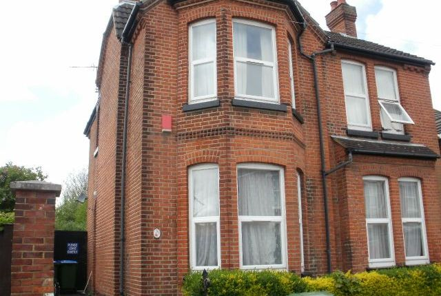 Thumbnail Semi-detached house to rent in Cambridge Road, Portswood, Southampton